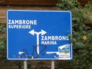 Zambrone signs