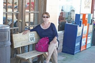 Dee waiting on 66