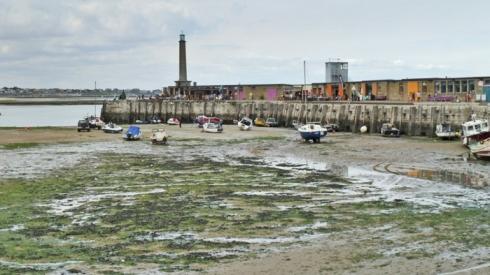 Margate Harbour arm low tide